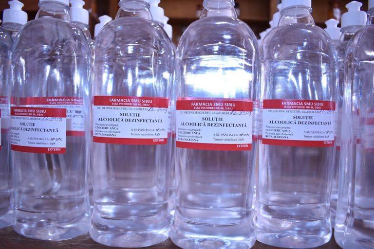 Soluție alcoolică dezinfectantă pentru mâini