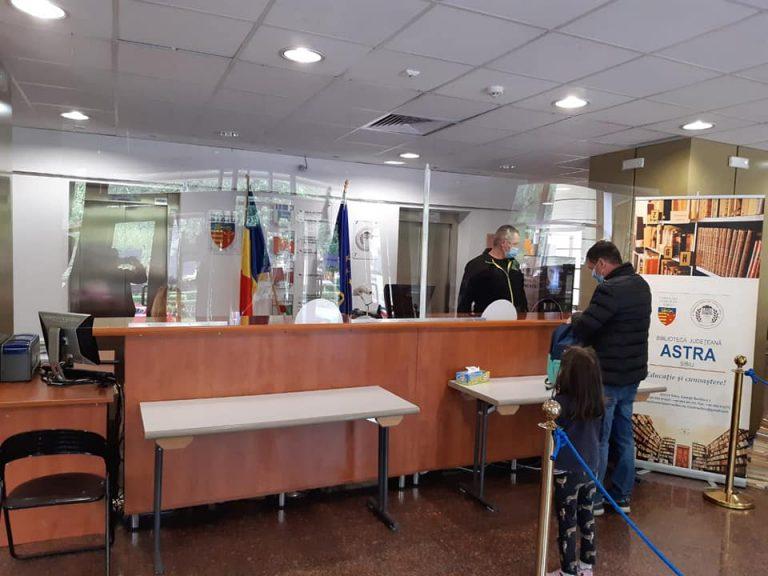 SIBIU – Activități cu publicul în condiții de siguranță la Biblioteca ASTRA Sibiu