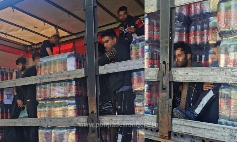 17 afgani și sirieni, ascunși în 2 autovehicule, depistați de polițiștii de frontieră arădeni