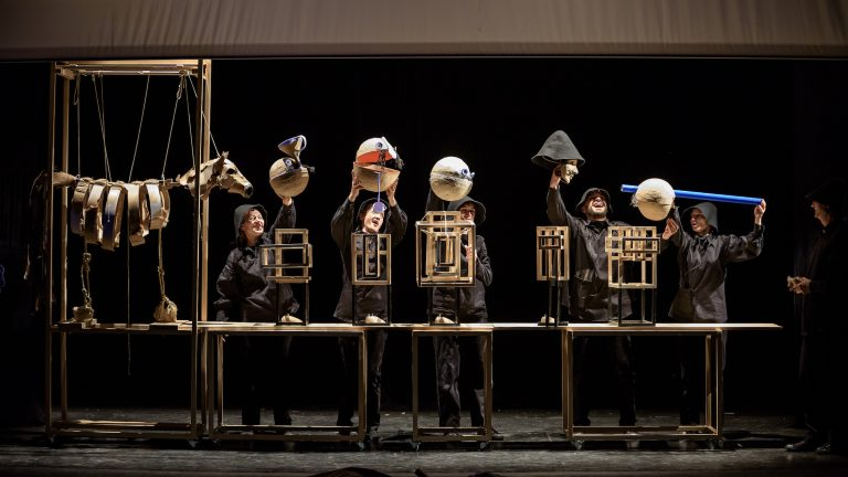 SIBIU – Harap Alb se vede pentru ultima dată în acest an, la Teatrul Gong!